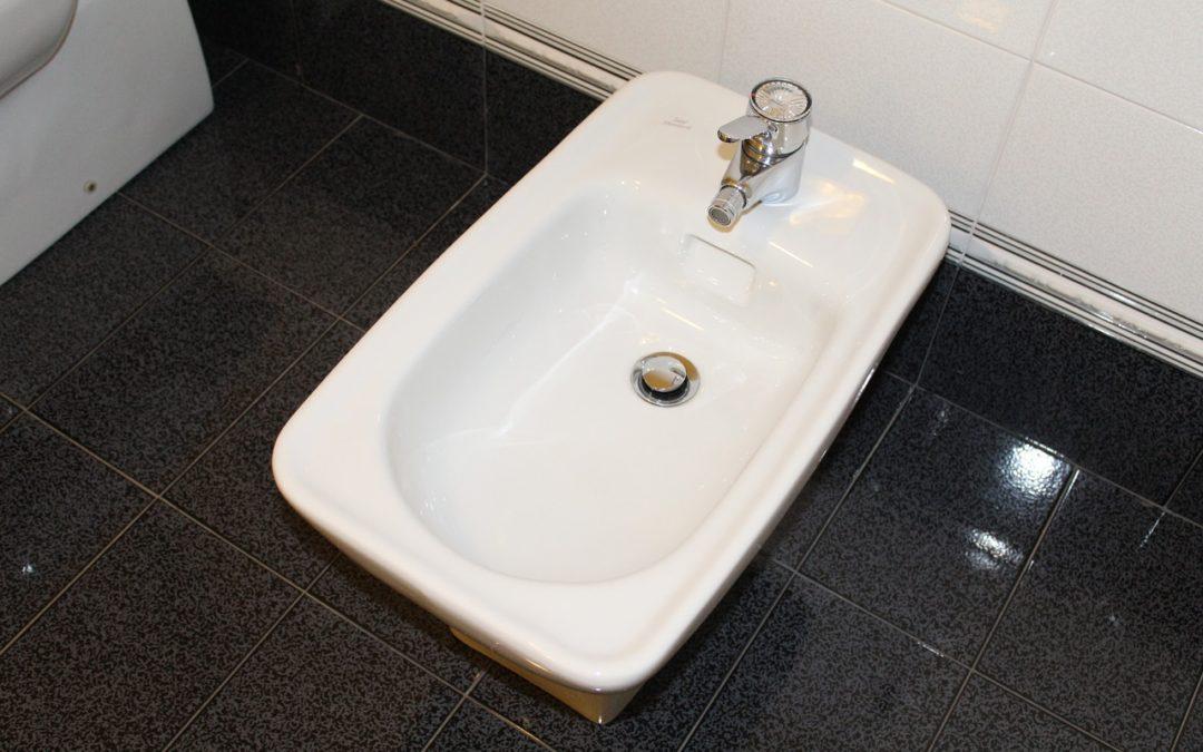 Как се сменя смесител за баня – съвети от Gaudi DS
